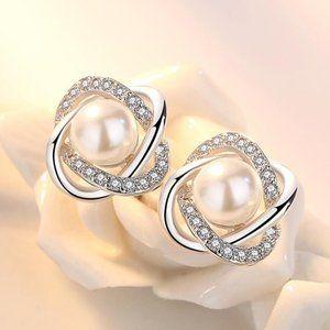 925 Sterling Silver Pearl Diamond Stud Earrings